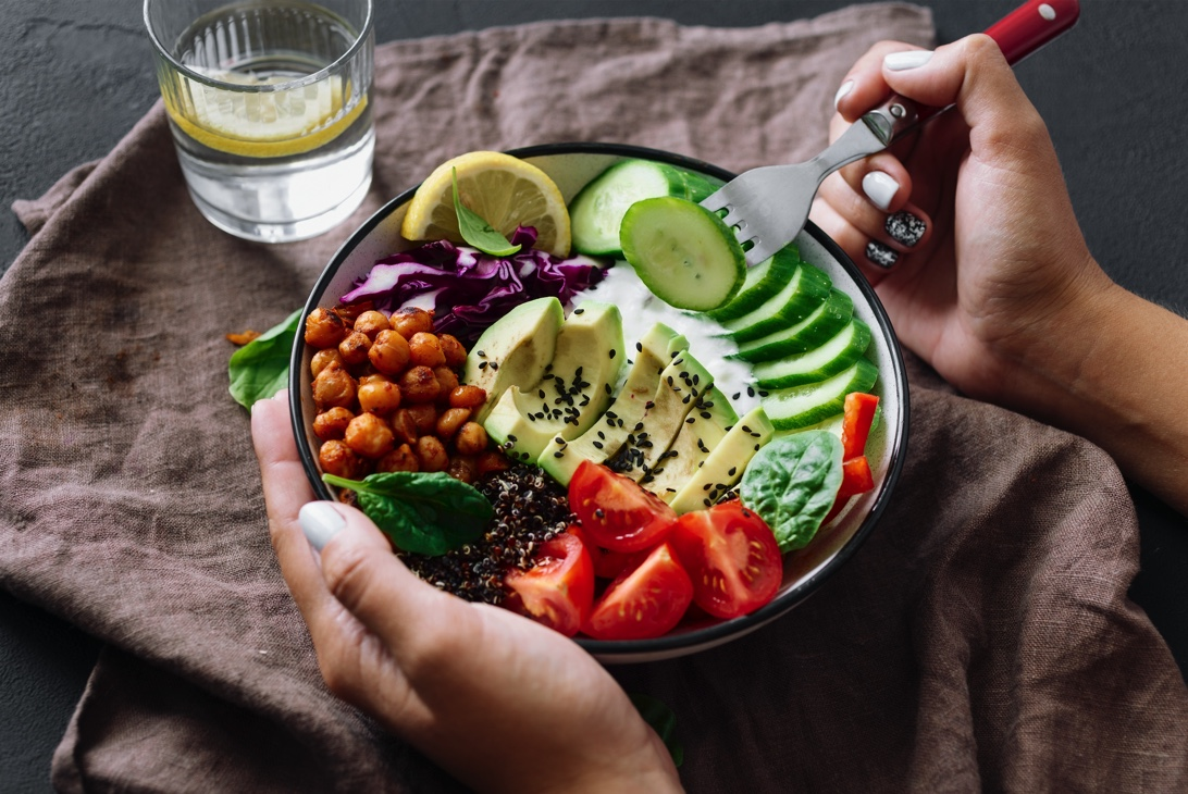 7 Steps To Getting Back To Healthy Eating
